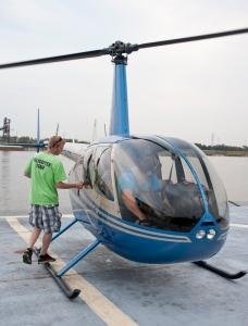 050d1011-253StLHelicopterSm